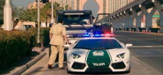 Top Gear – Richard Hammond gets stopped by a Lamborghini Aventador Police Car